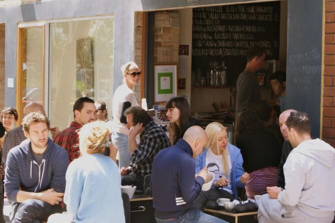 Original: http://www.sydneycool.com.au/2011/10/room-10-%E2%80%93-cool-coffee-hip-crowd/l